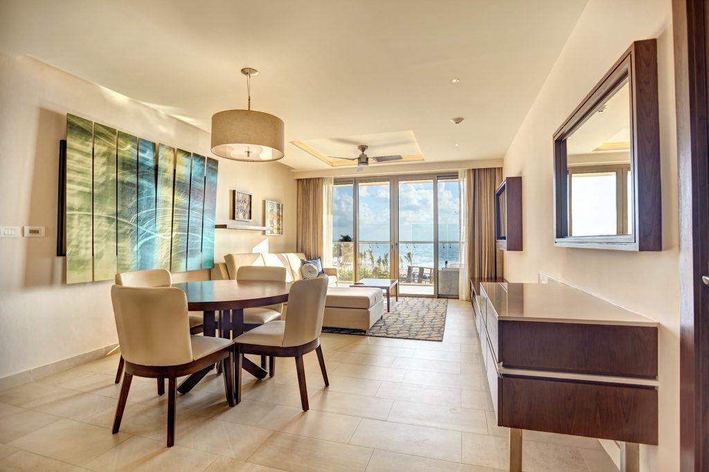 Diamond-Club-Luxury-Presidential-Two-Bedroom-Swim-Out-Suite