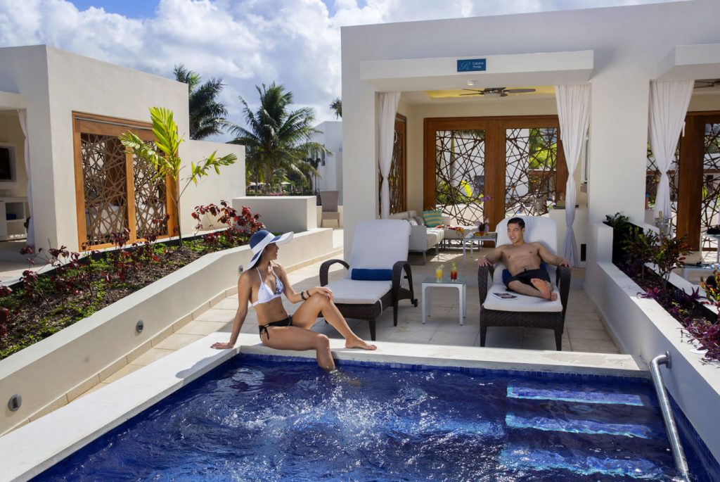 Royalton-Blue-Waters-Private-Cabanas