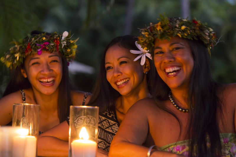 Are you considering a destination wedding, vow renewal, or honeymoon getaway in Hawaii? Here is everything you need to know about the Hawaiian Islands. #LetHawaiiHappen
