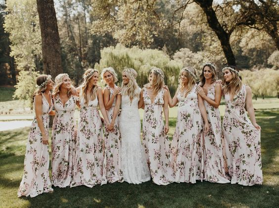 How to Rock the Printed Bridesmaid Dress Trend