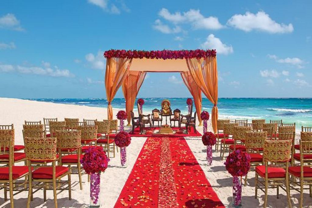 Experience A Destination Wedding Where Your Traditions And Customs Will Be Honored Through The Expertise Personal Attention At Dreams Riviera Cancun